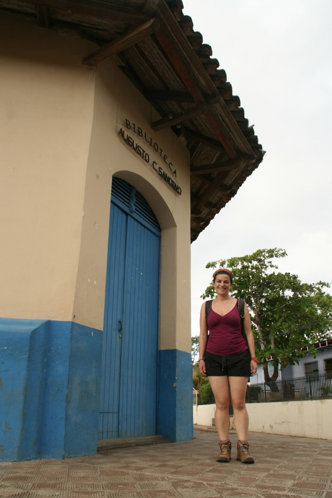 You can always count on me to find the library. Biblioteca Augusto Sandino, Niquinohomo, Nicaragua.