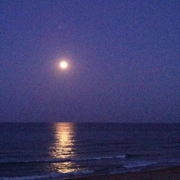 Luna llena sobre el mar (La Manga, Murcia)