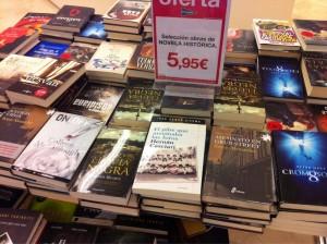 El pibe que arruinaba las fotos, de Hernán Casciari, en la sección novela histórica de un conocido centro comercial